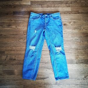 3/$25 R Brand Distressed Crops size 31
